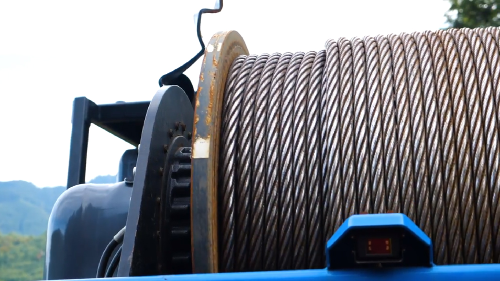cables used on Falcon winch assist system